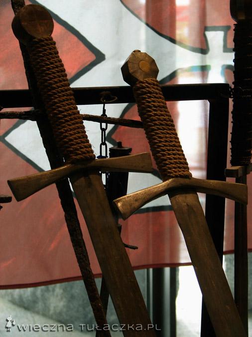 Motyw dwóch mieczy