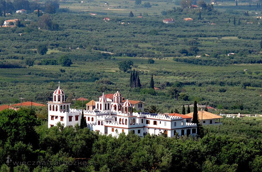Klasztor Eleftherotria nieopodal Macherado przypomina zamek.