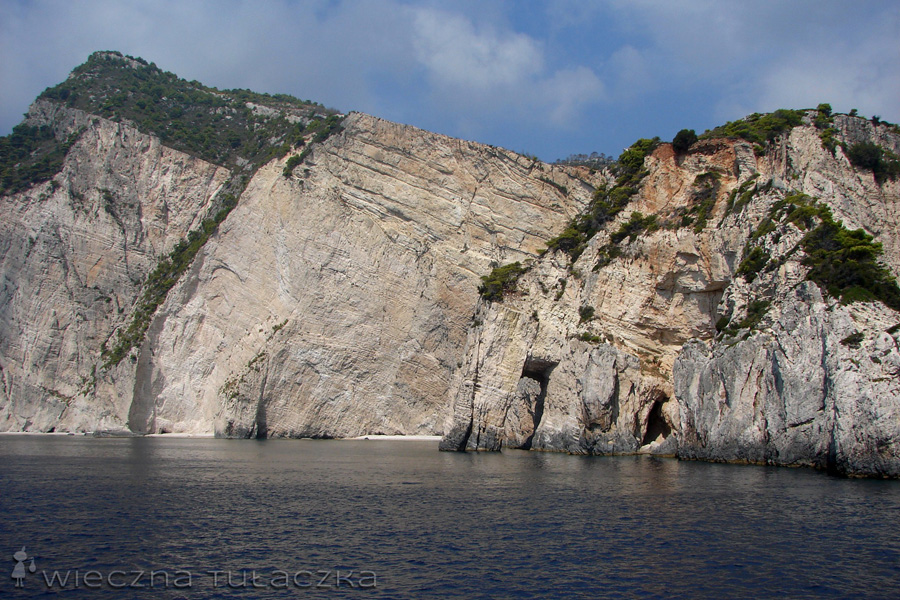 Keri Caves
