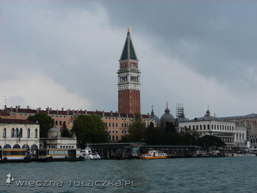 Wieża na placu San Marco.
