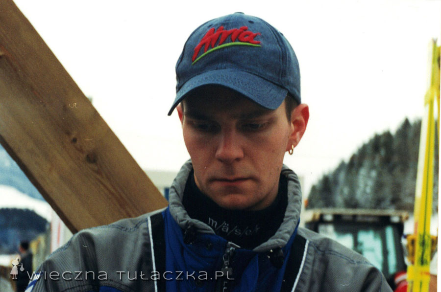 """Janne Ahonen, faktycznie człowiek """"maska""""."""