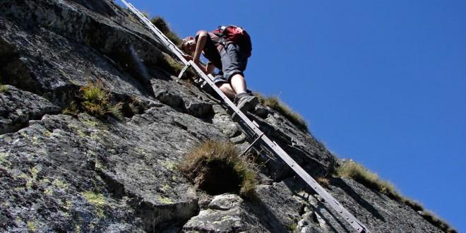 ORLA PERĆ: opis szlaku na odcinku Zawrat – Kozia Przełęcz
