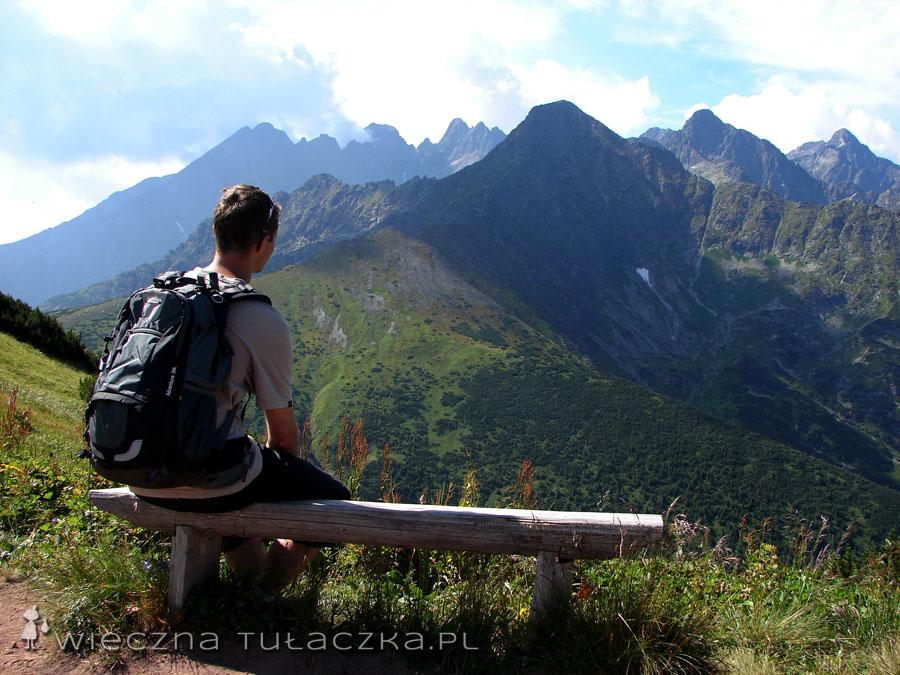 Czas na podziwianie szczytów, z ławki oczywiście ;)