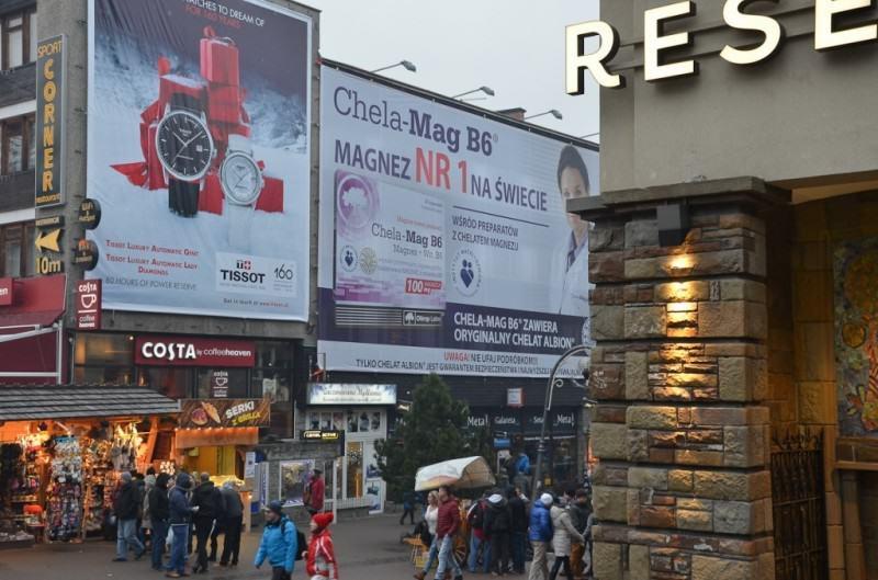 Reklamy giganty... Źródło: zakopanedlaciebie.pl