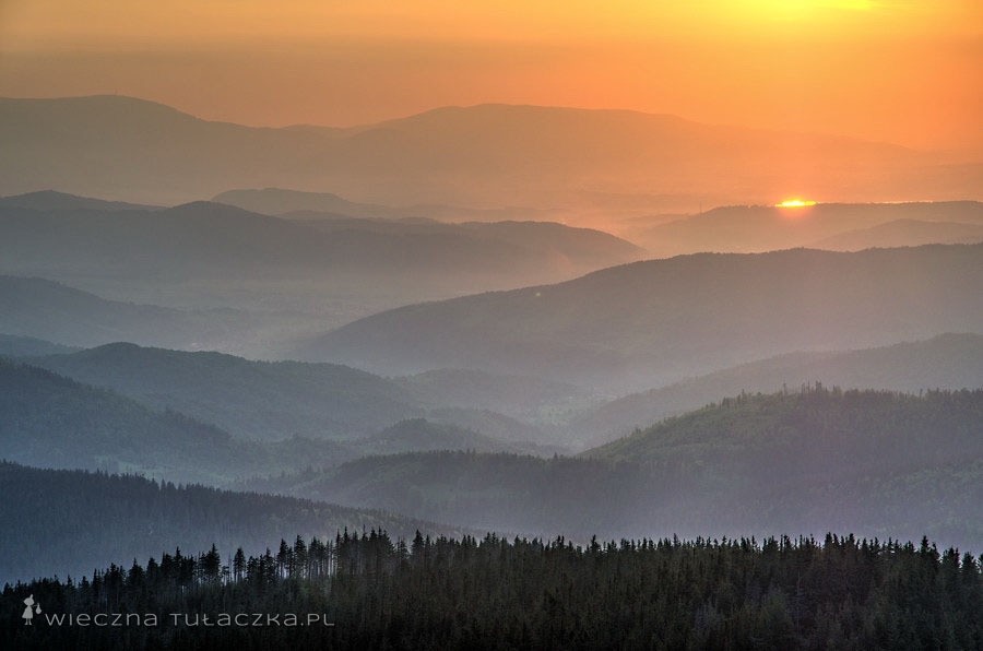 Zachód słońca w Beskidach