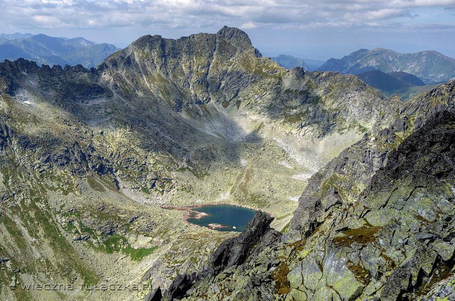 Capi Staw, powyżej Furkot i Hruby Wierch