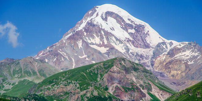 KAZBEK – czyli jak zostałam Mountain Freakiem i zdobyłam swój pierwszy pięciotysięcznik