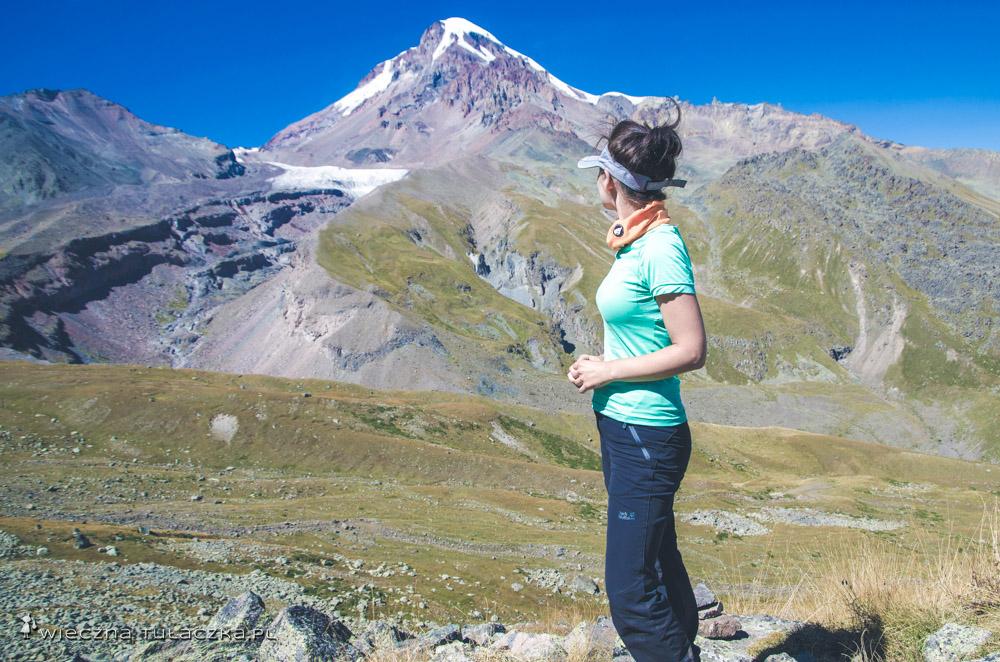 Przełęcz Arsha z widokiem na Kazbek