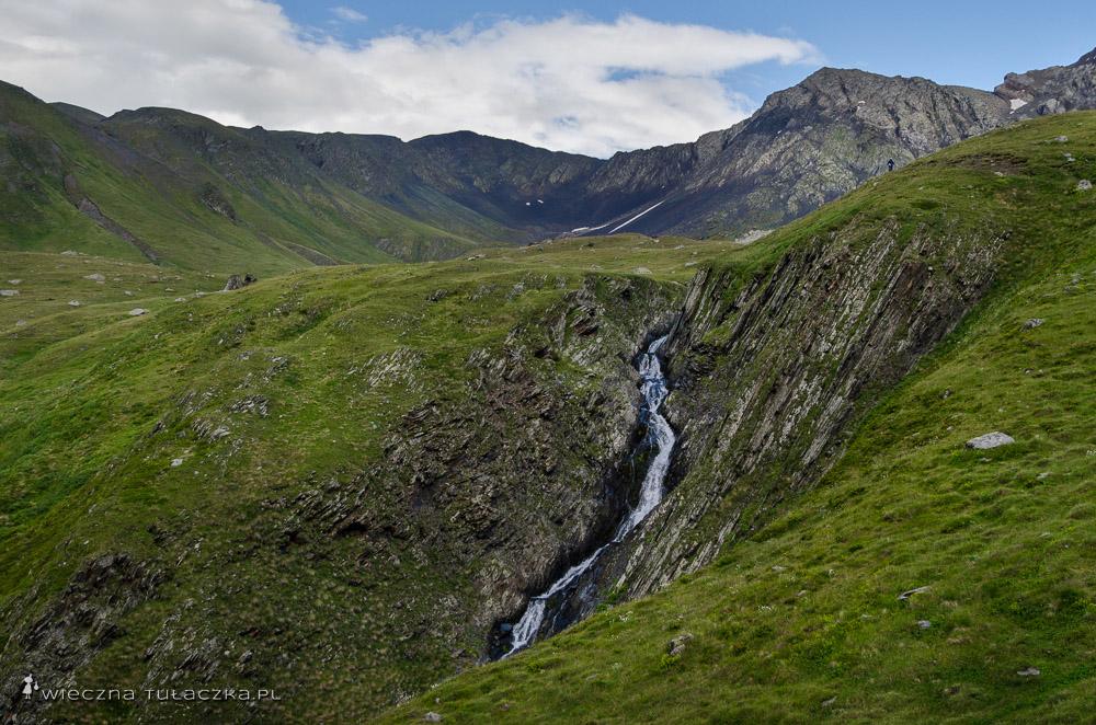 Przełęcz Chaukhi