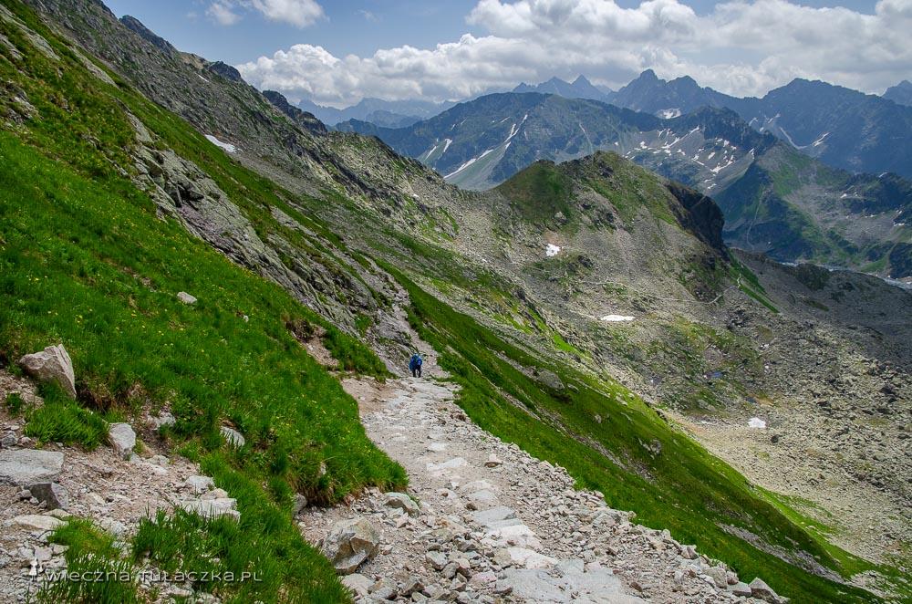 Szlak z Zawratu do Doliny Pięciu Stawów