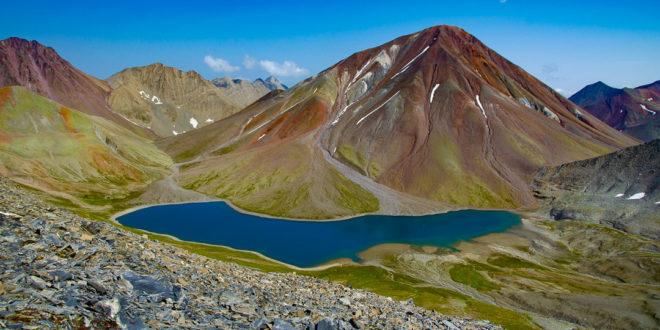 JEZIORO KELITSADI – najpiękniejszy trekking w Gruzji?