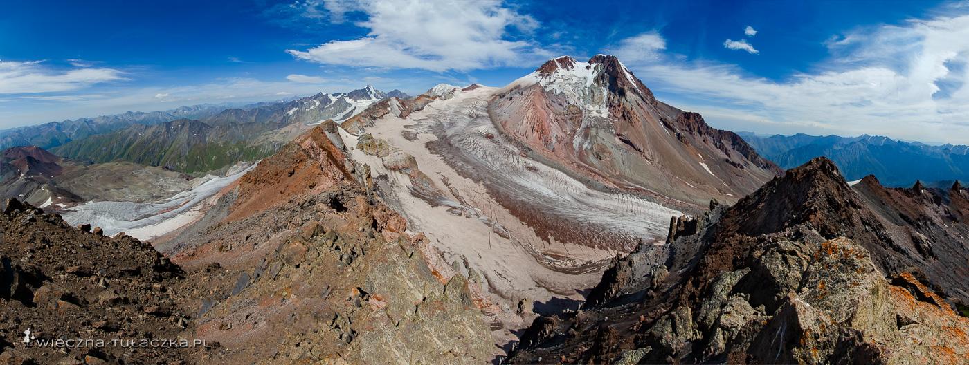 Orcweri, panorama na Kaukaz