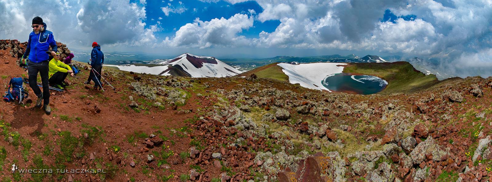 Azhdahak, panorama z najwyższego szczytu Gór Gegamskich
