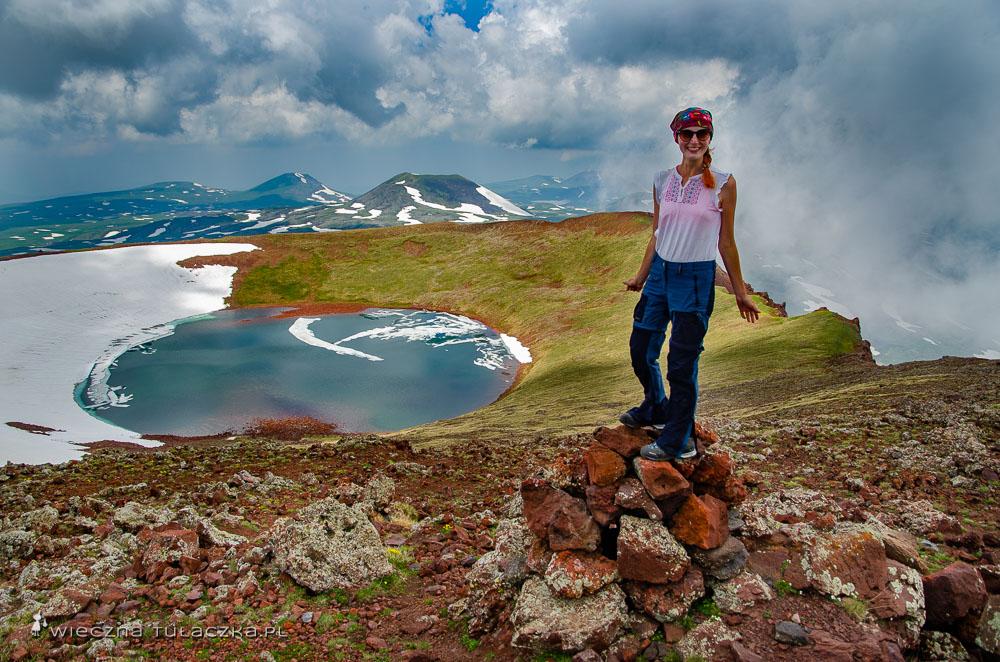 Azhdahak, jezioro w kraterze