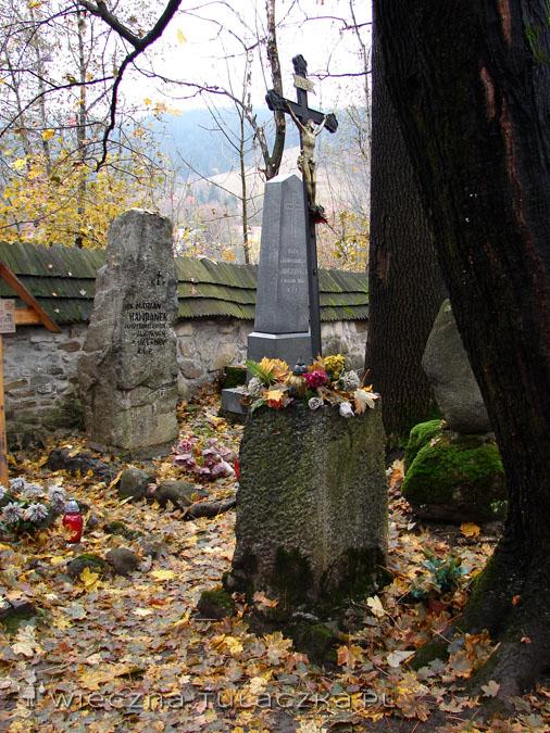 magiczny cmentarz (4)