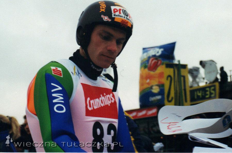 Andreas Widhölzl, zwycięzca Turnieju 4 Skoczni, wielokrotny medalista w drużynie, indywidualnie wywalczył brąz na Olimpiadzie.