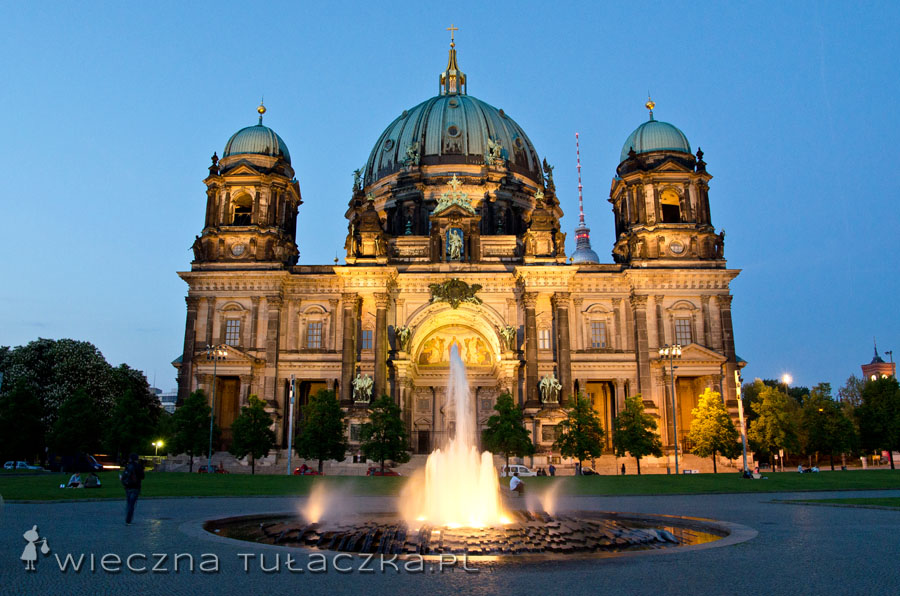 Berliner Dom by night robi jeszcze większe wrażenie!