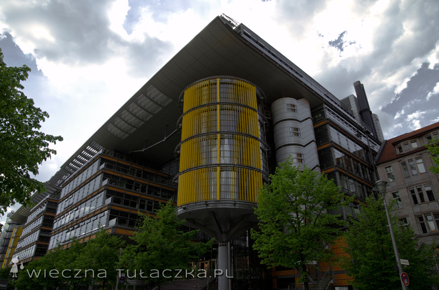 Jeden z budynków tzw. kompleksu Daimler-Chrysler
