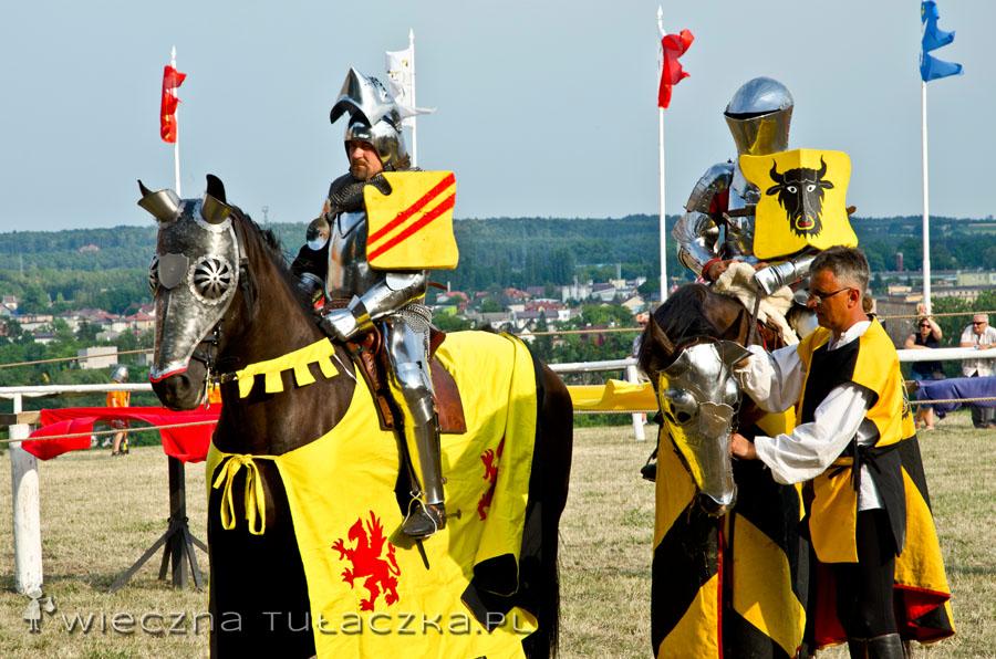 Swoją drogą to szacun dla rycerzy, że nie pomdleli w tych zbrojach, upał był nieznośny :)