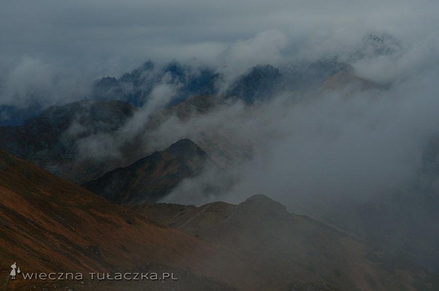 Walka chmur z górami