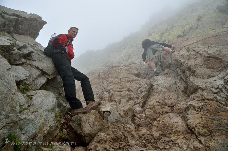 Czerwona Ławka (Priečne sedlo, 2352 m)