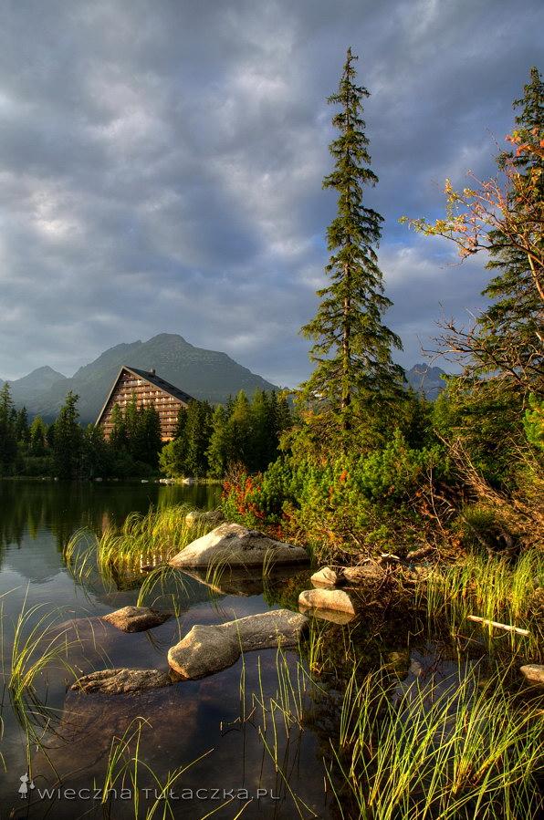 Szczyrbskie Jezioro, Tatry
