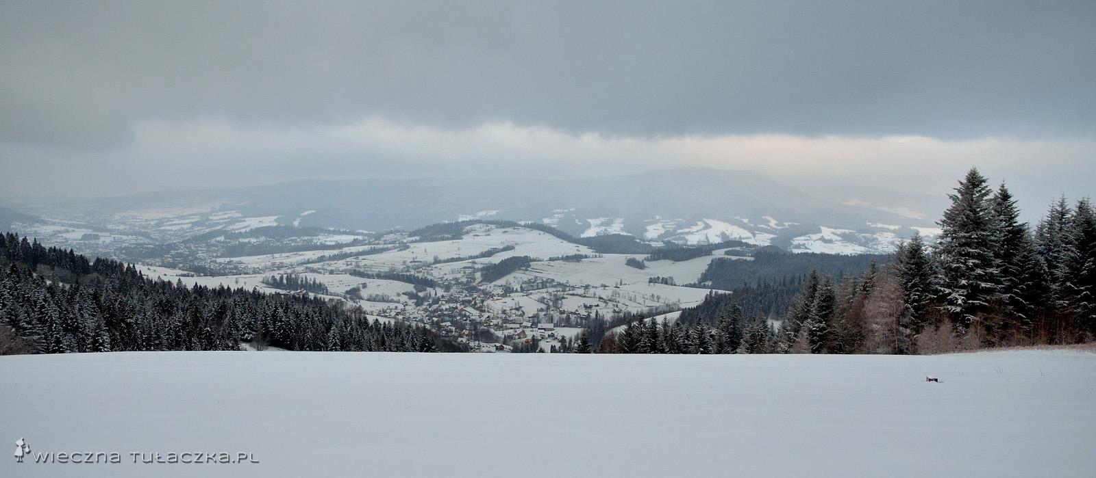 Widok z Bacówki na Maciejowej