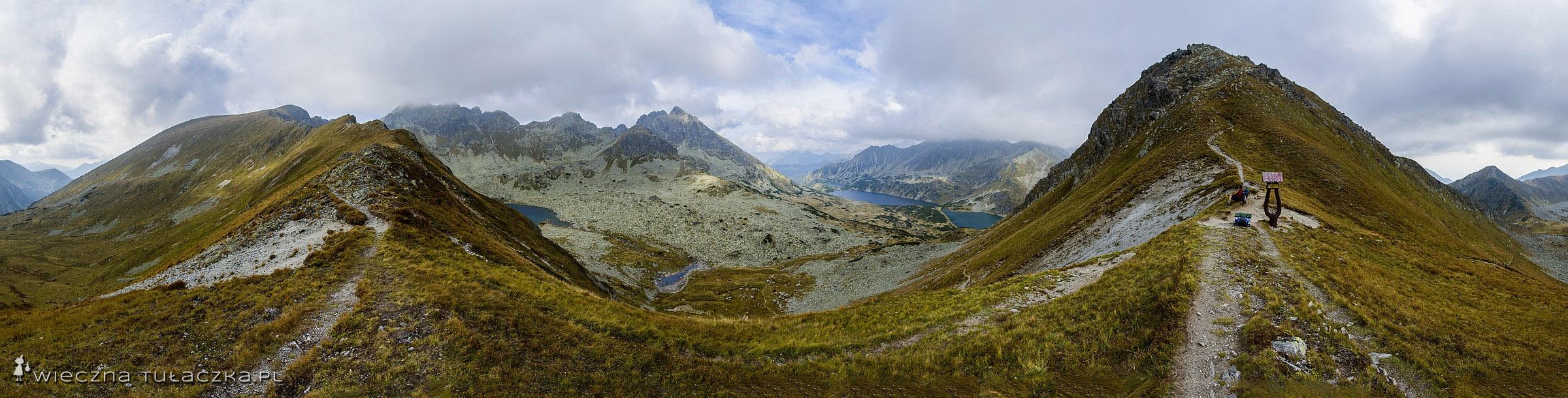 Gładka Przełęcz, panorama na Dolinę Pięciu Stawów.