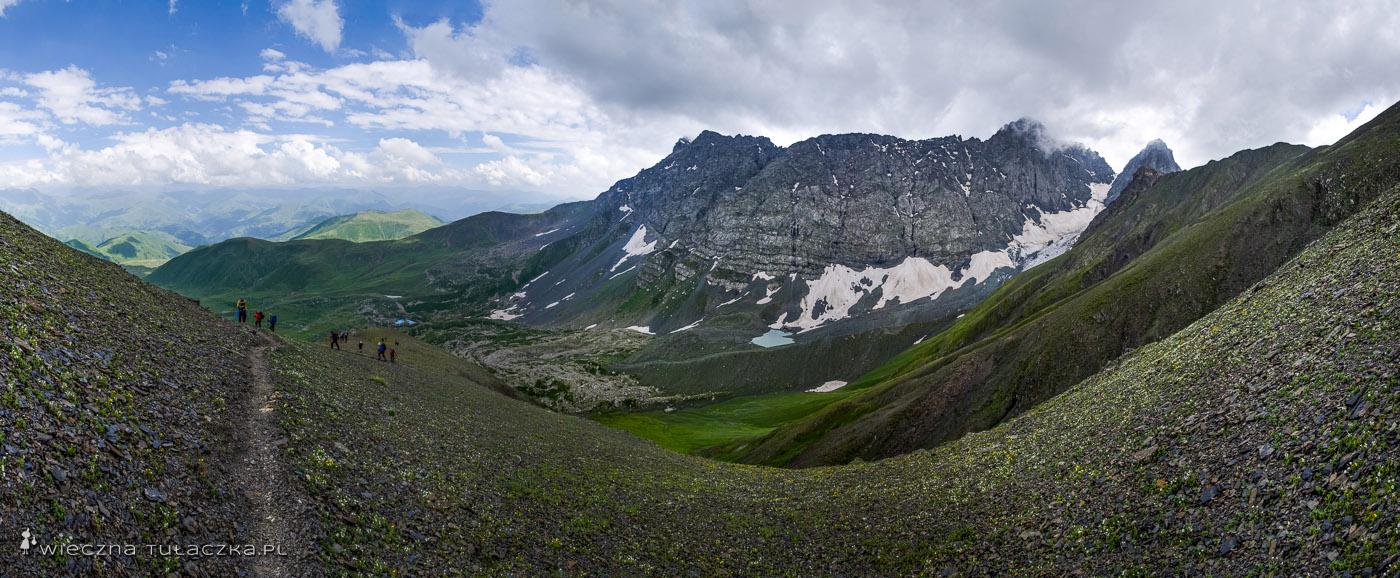 Panorama z Przełęczy Chaukhi