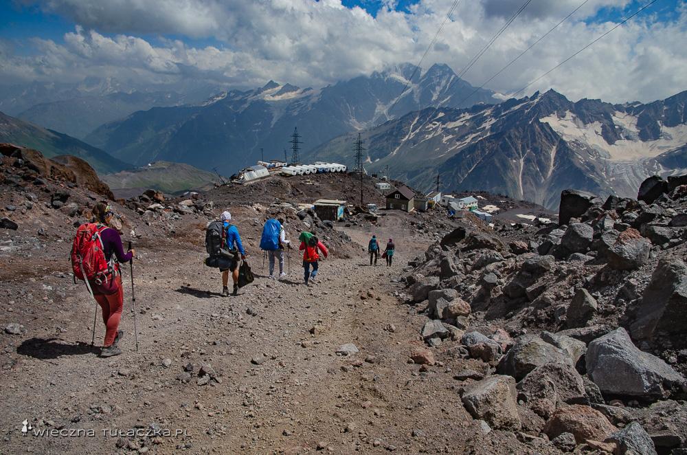 Baza pod Elbrusem