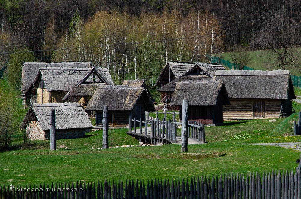 Huta Szklana, Osada Średniowieczna