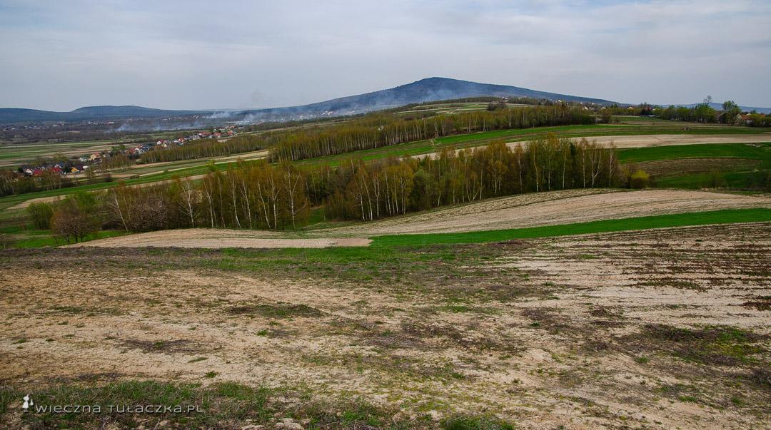 Szlak na Łysicę w Górach Świętokrzyskich
