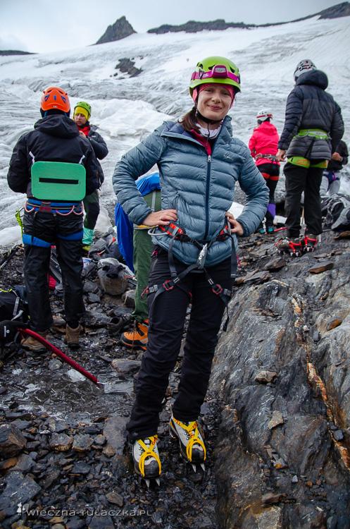 Lahili Glacier, Laila