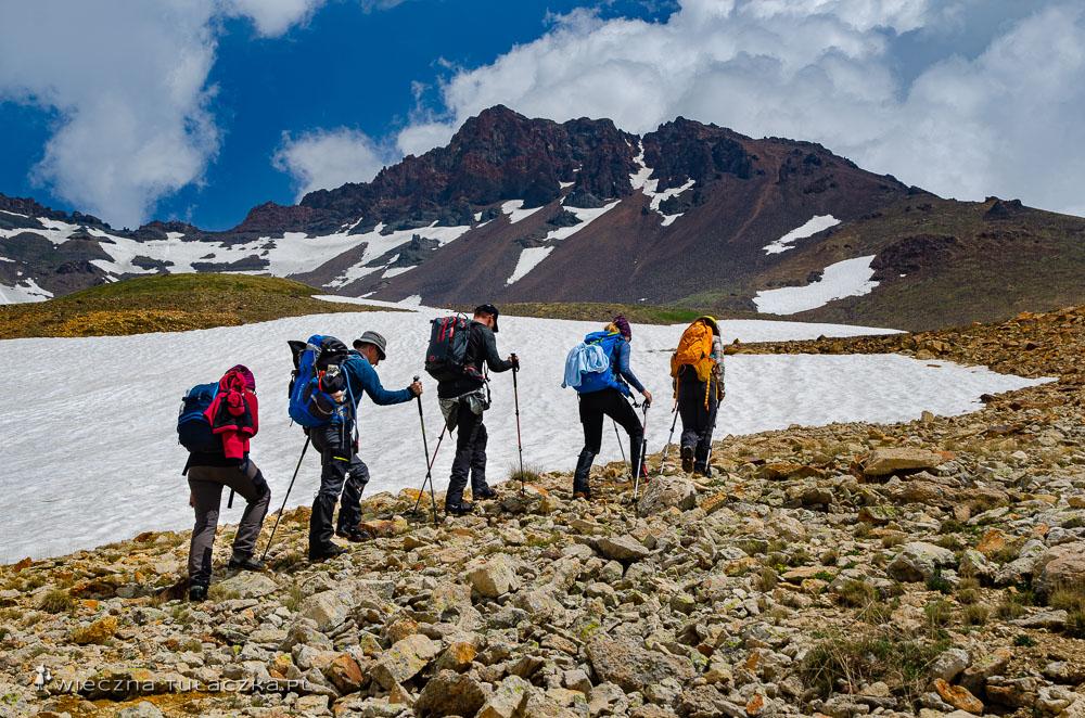 Aragac wyprawa na najwyższy szczyt Armenii