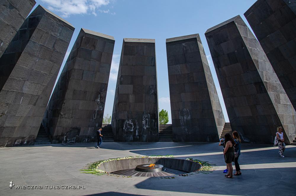Pomnik Genocydu, Erywań