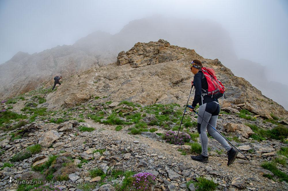 Opis drogi na górę Khustup