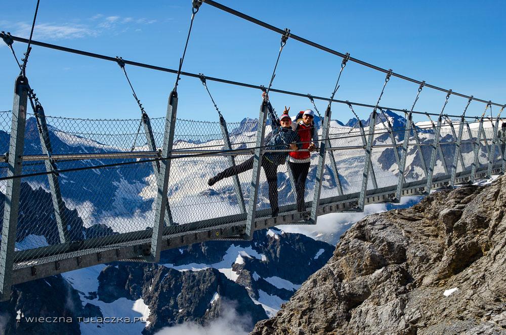 Titlis Cliff Walk w Szwajcarii